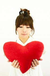 free-photo-valentine-heart-woman.jpg